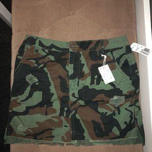 Forever21 Fray Camo Mini skirt